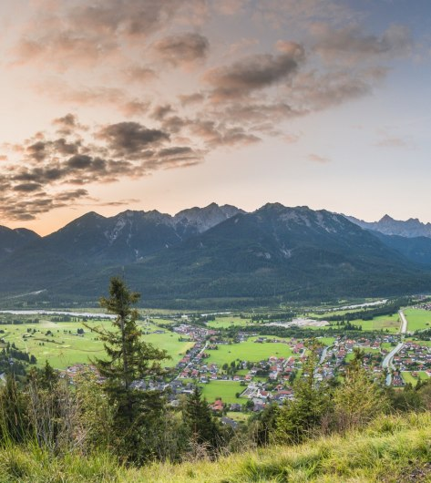 Best views after a short hike to the Krepelschrofen above Wallgau, © Alpenwelt Karwendel | Paul Wolf
