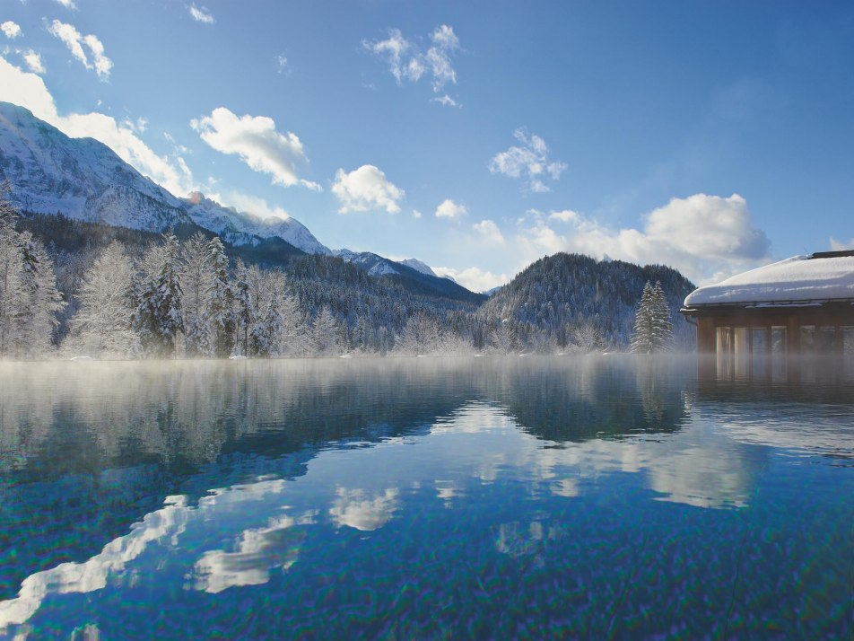 Schloss Elmau Spa Badehaus Winter