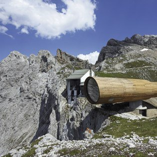 Nature information centre next to the mountain station of the Karwendelbahn, © Alpenwelt Karwendel | Rudolf Pohmann
