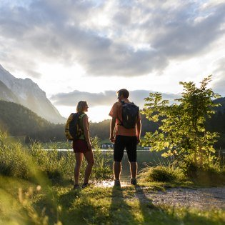 Impressions of a hike on the Lautersee near Mittenwald, © Alpenwelt Karwendel | Wolfgang Ehn