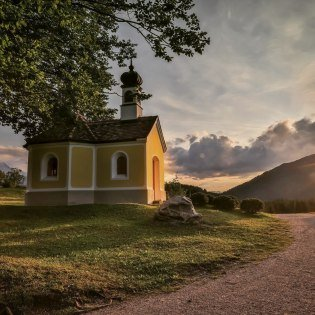 Chapel Maria Rast near Krün at the humpback meadows, © Alpenwelt Karwendel | Marcel Dominik