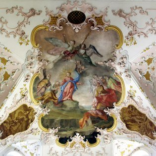 Religious fresco painting in the church of St.Peter&Paul in Mittenwald, © Alpenwelt Karwendel | Marinus Zwerger
