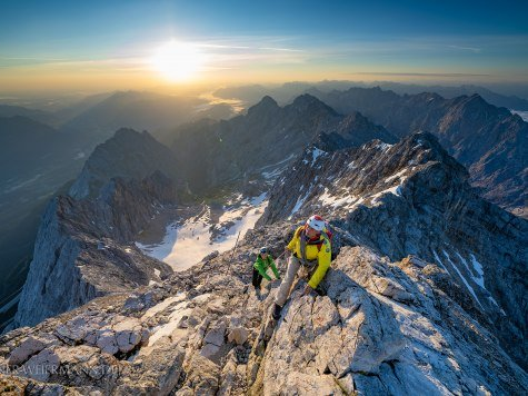 The mountain guide on the Höllental climbing trail. For your fun and safety with alpine experiences. , © Zugspitzführer | Kriner&Weiermann