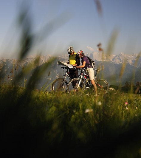 From bathing lakes and moguls over alpine pastures and peaks - moutainbiking around Mittnewlad, Krün and Wallgau, © Alpenwelt Karwendel | Wolfgang Ehn